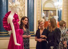 STELLA MCCARTNEY RESPONDS TO RUMORS SHE DESIGNED MEGHAN MARKLE´S WEDDING DRESS ..  #stellamccartney http://beatlesmagazineuk.com/stella-mccartney-responds-to-rumors-she-designed-meghan-markles-wedding-dress/