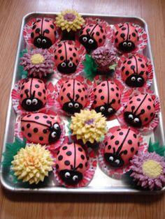 Chocolate Ladybug cakes. #Ladybugs, Mammacookie