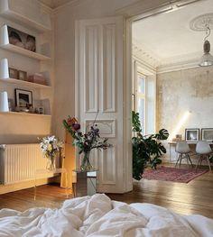 Dream Home Design, Home Interior Design, House Design, Dream Apartment, French Apartment, Aesthetic Room Decor, Cozy Aesthetic, Dream Rooms, My New Room
