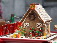 casa de gengivre con glase chocolate lacasitos i golosinas