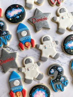 Boy First Birthday, Boy Birthday Parties, Birthday Party Decorations, Party Favors, Birthday Ideas, Galaxy Cookies, Cookies Et Biscuits, Sugar Cookies, Space Baby Shower