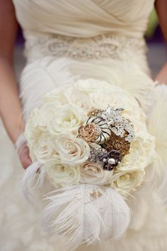 there's something about a brooch bouquet. They're unique and generally much more personal than a floral bouquet. And perfect for a rustic wedding. Broschen Bouquets, Wedding Bouquets, Wedding Flowers, Wedding Gowns, Feather Bouquet, Broach Bouquet, Rose Bouquet, Hotel Wedding, Dream Wedding