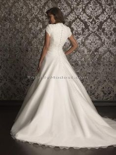 Daryl -Modest Wedding Dress Beautiful dresses and a unique style