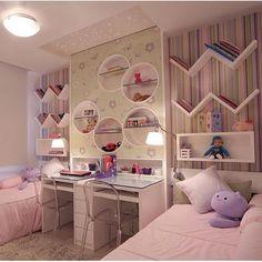 26 Adorable Kid Room Decor Ideas to Make Your Children's Space Fun - Di Home Design Dream Rooms, Twin Girl Bedrooms, Bedroom Decor, Small Room Bedroom, Kids Rooms Shared, Kid Room Decor, Twin Bedroom, Bedroom Design, Room