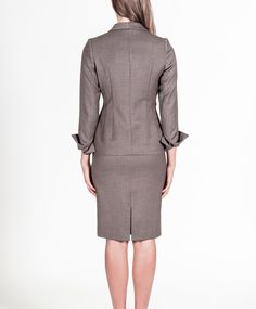 Front pleated jacket with side zipper