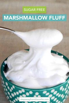 Sugar Free Marshmallow Fluff - a low carb sweet treat! Sugar Free Marshmallow Fluff - a low carb sweet treat! Low Carb Deserts, Low Carb Sweets, Sugar Free Desserts, Sugar Free Recipes, Quick Recipes, Keto Desserts, Diet Recipes, Dessert Recipes, Recipies