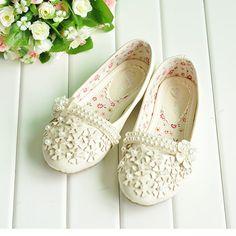 Designer White Beaded Wedding Flower Girl First Communion Shoes First Communion Shoes, Holy Communion Dresses, First Holy Communion, Flower Girl Shoes, Girls Shoes, Occasion Shoes, Catechism, White Beads, Ideas Para