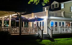 Home Page - Stripers Waterside Restaurant Local Seafood, Seafood Restaurant, Maine Road Trip, Kennebunkport Maine, Visit Usa, Floor To Ceiling Windows, United States Travel, Stunning View, Beautiful Sunset