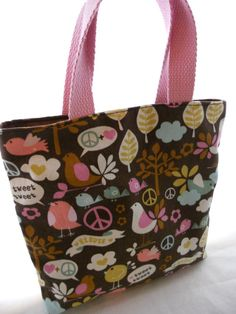 A Free Crayon Bag Pattern By EmmiGrace And Me