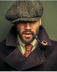 Cool look! mens fashion, layer on layer, mens lifestyle, beard, real man, casual, love this look, Mette bundgaard blog on www.mettebundgaard.com #MensFashion