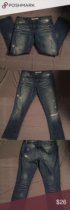 """Joe's Jeans Ex-Lover Cropped Pre-owned Distressed Destroyed Crop still in good condition  rise 9"""" length 27"""" Joe's Jeans Jeans Ankle & Cropped"""