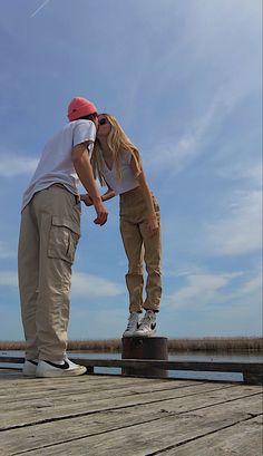 Couple Goals Relationships, Couple Relationship, Cute Relationship Goals, Cute Romantic Pictures, Cute Couple Pictures, Couple Photos, Boyfriend Goals, Future Boyfriend, Bae