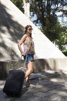 Il Trolley è pronto e si parte per le vacanze!!!! - http://www.2fashionsisters.com/trolley-pronto-si-parte-per-vacanze/ - 2 Fashion Sisters Fashion Blog - #ColorsOfCalifornia, #Parah, #Trolley, #TrolleyNavaDesign