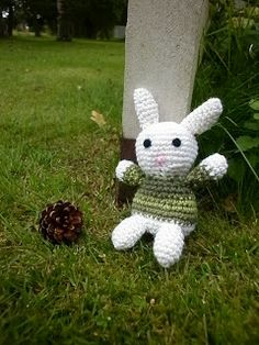 Another amigurumi bunny..
