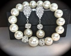 Pearl bracelet and earring set  Ivory/cream  by QueenMeJewelryLLC