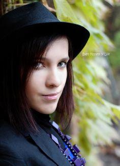 Portrait Photography, Chokers, Jewelry, Fashion, Jewlery, Moda, Jewels, La Mode, Jewerly