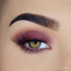 Reminiscent of cherry blossoms lining the streets of Paris, the Springtime in Paris Eyeshadow Palette features 12 rich shadows in cool plums and warm neutrals delivering high-pigment color that lasts.   Long-Wear. Paraben Free. Sulfate Free. Phthalate Free. Highly Pigmented. Crease Resistant. Dermatologist Tested.