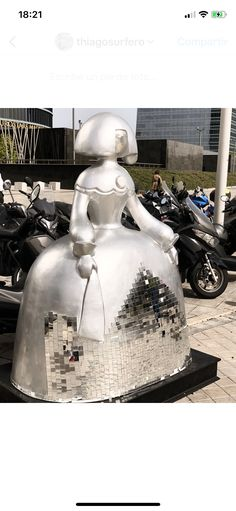Meninas Madrid Gallery Diego Velazquez, Southern Europe, Art Pop, Public Art, Installation Art, Contemporary Artists, Madrid, Craft Supplies, Art Projects