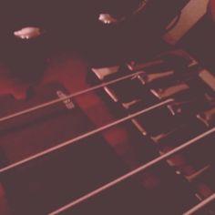 bass guitar strings knobs music  mobile phone photo instagram dwd zlkwsk