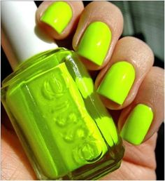 "Okay, I know what you may be thinking, ""Green nail polish?"" However, green nail polish is super trendy for summer, and if worn it's correctly super cute. Check out these 13 green manicure ideas to see how to wear green nail polish like a pro. Neon Nail Polish, Neon Nails, Nail Polish Colors, Love Nails, How To Do Nails, Pretty Nails, My Nails, Nail Polishes, Galaxy Nails"