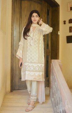 Beautiful Clicks Of Mawra Hocane from Latest Shoot