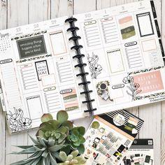 Agenda Planner, Planner Layout, Erin Condren Life Planner, Planner Ideas, Create 365 Planner, Mini Happy Planner, Planner Decorating, Planner Organization, Planner Stickers