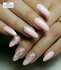 70 Eye-Catching and Fashion Acrylic Nails, Matte Nails, Glitter Nails Design You Should Try i. - 70 Eye-Catching and Fashion Acrylic Nails, Matte Nails, Glitter Nails Design You Should Try in Prom - Nail Designs Spring, Nail Art Designs, White Nails, Pink Nails, Matte Nails Glitter, Acrylic Nails, Glitter Toes, Glitter Art, Pedicure Designs