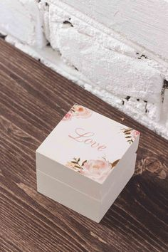 """Свадебные шкатулки для колец ◈ Авторский Киоск Цвет этой шкатулочки для колец - кремовый...сливочный. Наверное, поэтому мы и назвали ее """"Cream Love"""" Для классической свадьбы такая коробочка для колец подойдет безупречно"""