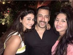 Salman Khan was spotted partying with actresses Pooja Batra and Deepti…