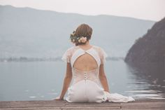 Shooting au bord du Lac d'Annecy - Once Upon a Time   Photographe : Hlo photography   Donne-moi ta main - Blog mariage