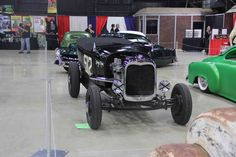 GALLERY: Over 100 Cars At the 2015 Grand National Roadster Show