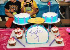 Fresh Beat Band - Marina drum cake with Kiki cupcakes