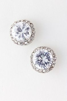 A very simple and elegant fancy #diamond #earrings. http://www.jangmijewelry.com/