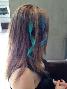 how to chalk your hair...will only last one or two shampoo...otherwise ash with dish soap......
