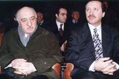 AKP'li gazetecilerden Abdurrahman Dilipak, önceki gün katıldığı bir toplantıda Cemaat'in CIA projesi olduğunu söylerken, 1991'de Gülen'in yanına iki kişi istendiğini, birisinin de kendisi olduğunu ileri sürdü. Dilipak bununla da kalmadı, eski CIA dir