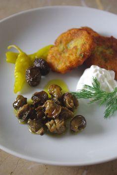 エスカルゴのオイル漬けと、割り豆バーグ by salahiさん | レシピ ...
