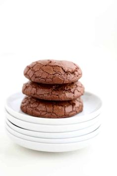 these brownie cookies will have everyone over the moon for them, they taste like brownies are firm and crisp on the edges and chewy and brownie inside video Blondies Cookies, Brownie Cookies, Cupcake Cookies, Chip Cookies, Cupcakes, Brownie Recipes, Cookie Recipes, Dessert Recipes, Desserts