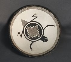 mimbre pottery - Google Search Native American Pottery, Native American Art, Southwest Pottery, Southwest Kitchen, Pueblo Pottery, Ceramic Techniques, Found Art, Pottery Designs, Visionary Art