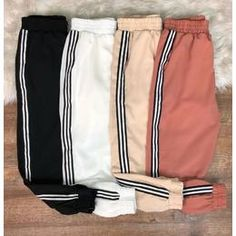 calça fg3fg2 Sporty Outfits, Cute Casual Outfits, Teenager Outfits, Outfits For Teens, Teen Fashion, Fashion Outfits, Womens Fashion, Cute Sweatpants, Pantalon Long