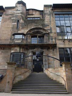 Glasgow School of Art by Charles Rennie Mackintosh architect, at Glasgow, Scotland, 1897 to 1909 Glasgow Architecture, Art Nouveau Architecture, Amazing Architecture, Art And Architecture, Architecture Details, Historical Architecture, Charles Rennie Mackintosh, Glasgow School Of Art, Art School