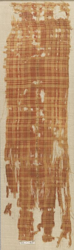 FRAGMENT, 13TH CENTURY medium: linen, silk technique: plain weave H x W: 12.4 x 45 cm (4 7/8 x 17 11/16 in.)
