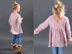 """""""Bohemian Dress & Blouse"""" ist ein Schnittmuster/ Anleitung für ein festliches Jerseykleid oder Bluse."""