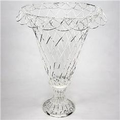 Buy French Lace White Wire Basket (Large) online with free shipping from thegardengates.com