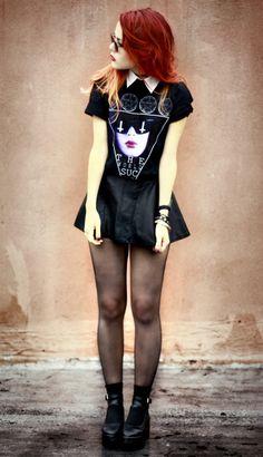 Collar, t-shirt, mini skirt, nylon, boots.