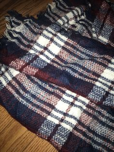 toasty flannel infinity scarf. perfect for cold winter walks