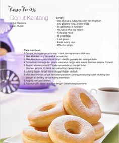 Resep donut kentang Indonesian Desserts, Indonesian Food, Donut Recipes, Snack Recipes, Dessert Recipes, Potato Donuts Recipe, Doughnut Muffins, Doughnuts, Resep Cake