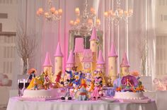 The Disney Cake Blog: Disney Castle and Character Cake