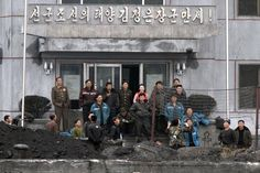 North Korea: Life on the border http://yhoo.it/16tikE2