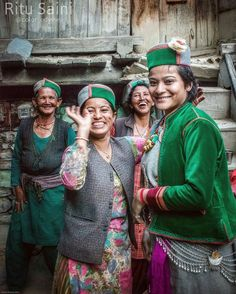 Photo & description @color_odyssey (Ritu Saini) Sharing stories & smiles: Heartwarming people of Rusklang village in Ropa valley Kinnaur. The old Hindustan-Tibet road the ancient Silk Route passes through Kinnaur along the banks of Sutlej River. Ropa valley near Puh/ Pooh is famous for shawl-weavers apple orchards and the finest metal artisans. For more visit and follow the blog - http://ift.tt/165qBNJ HashTag your Pictures with #Himachalpictures or inbox the photo on our facebook page or...