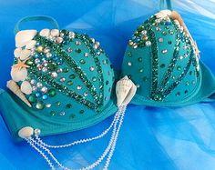 This item is unavailable Teal Mermaid Rave BraMermaid Costume Seashells by xoMINXBabe Mermaid Bra, Mermaid Shell, Mermaid Outfit, Mermaid Halloween Costumes, Rave Costumes, Swarovski Outlet, Decorated Bras, Shell Bra, Mermaid Parade